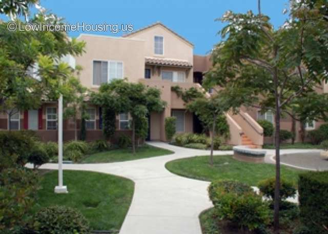 Vista Las Flores Apartments