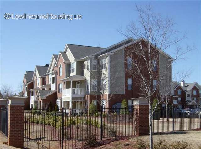 Woodlawn Park Apartments In Mcdonough