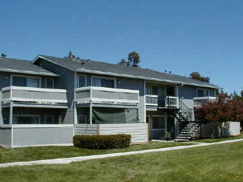 Woodside Court Apartments