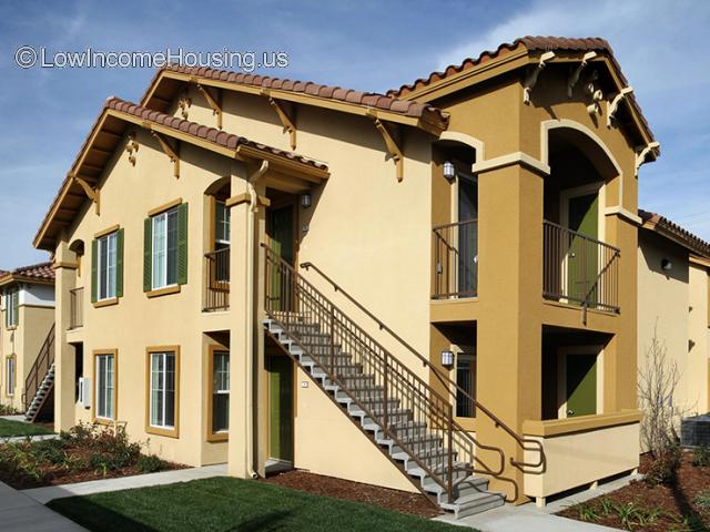 Santa Fe Apartments - CA
