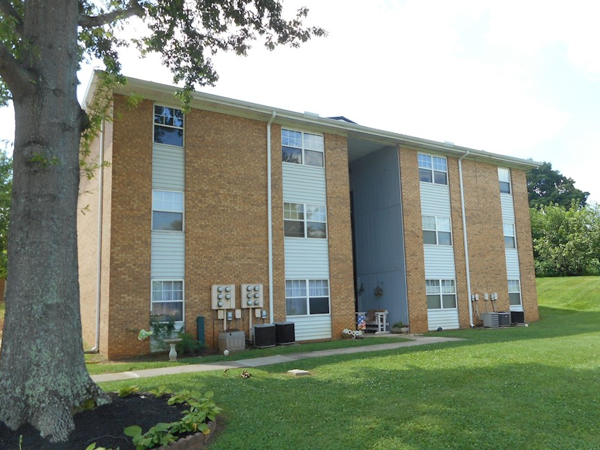 Somerset Village Apartments