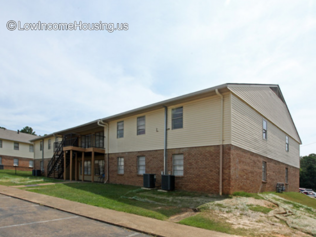 Pine Ridge Gardens Apartments