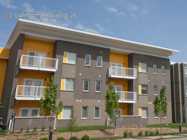 Illinois Place Apartments
