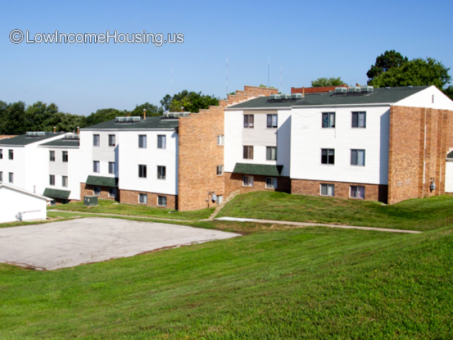 St. James Manor Apartments