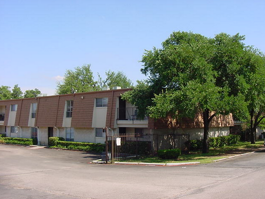 Mill Run Apartments