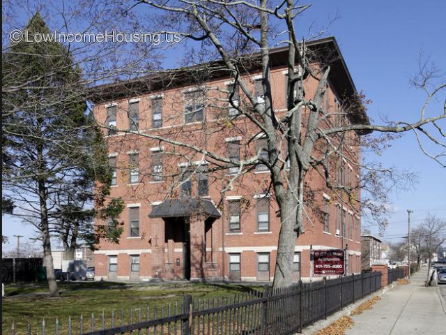 40-42 Park Street Apartments