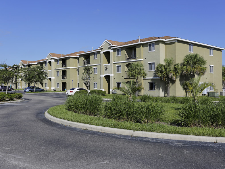 Tuscany Lakes Apartments