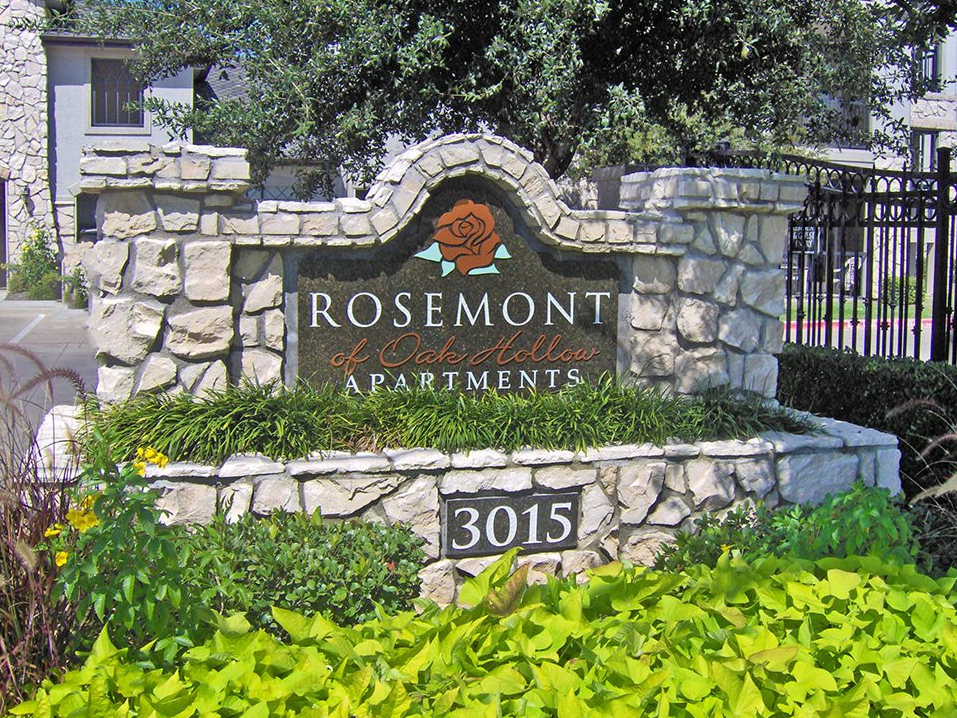 Rosemont at Oak Hollow