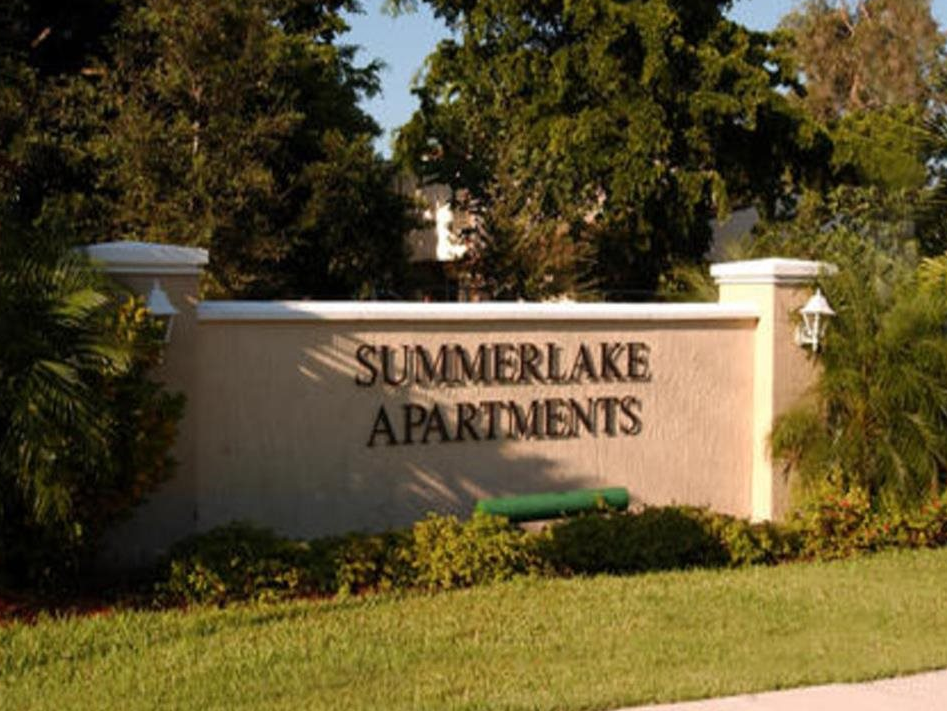 Summerlake Apartments
