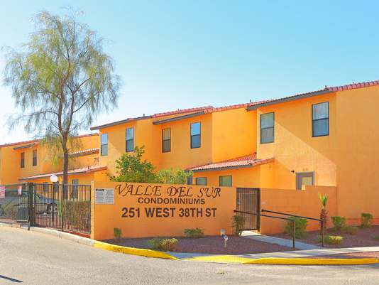 Valle del Sur Condominiums