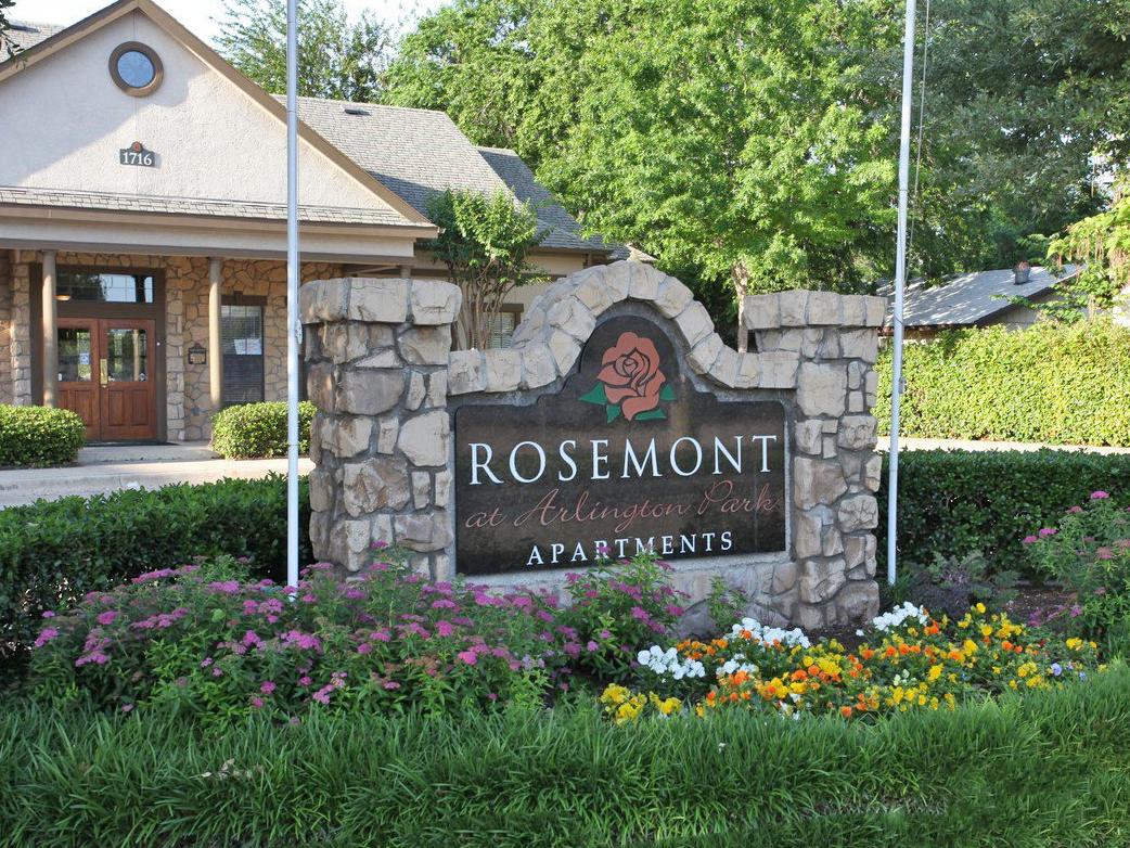 Rosemont at Arlington Park