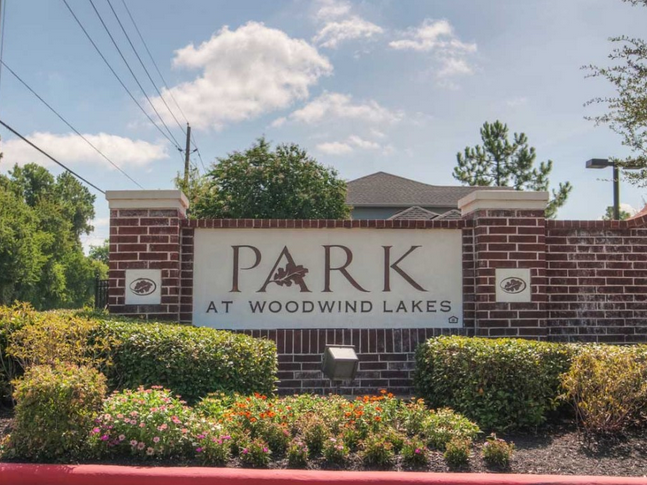 Park at Woodwind Lakes