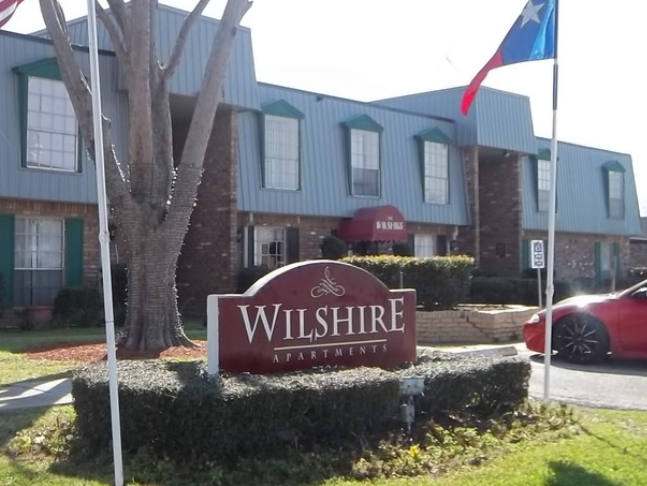 Wilshire Apartments Houston