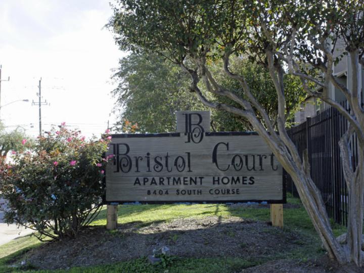 Bristol Court Apartments