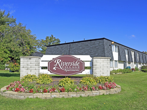 Riverside Village Apartments