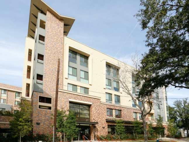 Travis Street Plaza Apartments