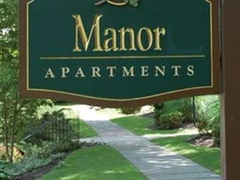 Lake Manor Apartments
